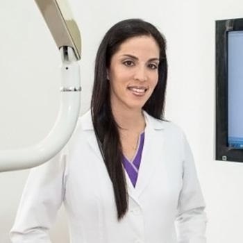 Dra. Denise Plaza