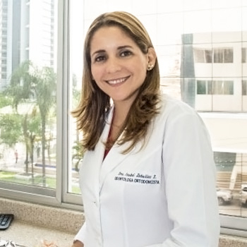 Dra. Isabel Zeballos