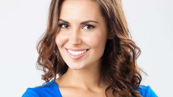 ¿Quieres hacerte un blanqueamiento dental en Guayaquil? ¡Sigue estas recomendaciones!